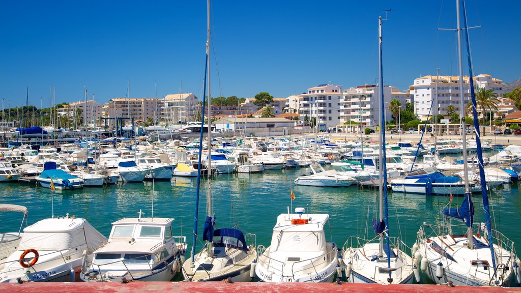 Altea showing boating, a marina and a coastal town