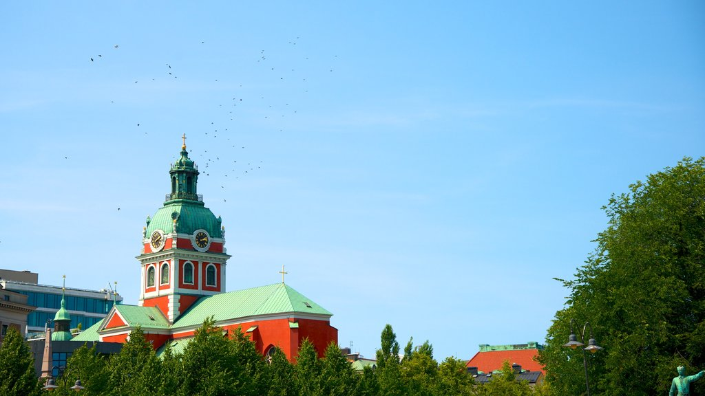 Stockholm showing heritage architecture and a church or cathedral