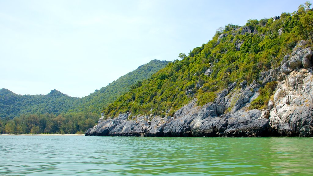 Sam Roi Yot National Park which includes landscape views and rugged coastline
