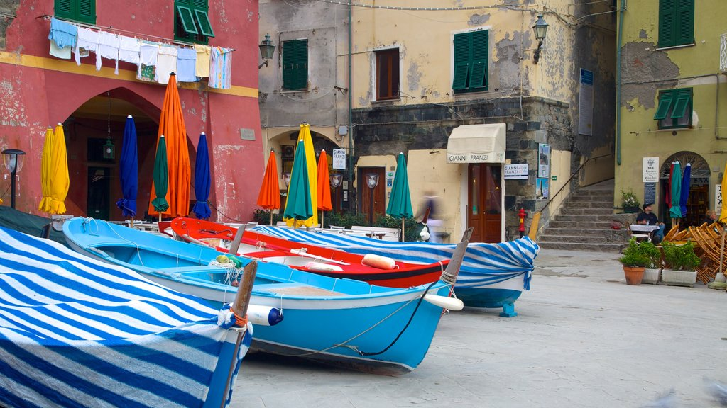 Vernazza showing boating