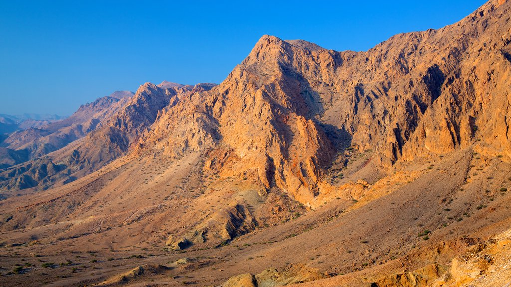 Muscat which includes landscape views and mountains