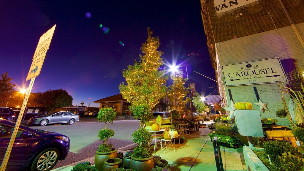 Yakima que incluye escenas nocturnas, escenas urbanas y una ciudad