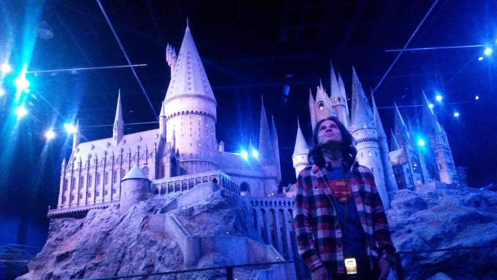 Harry Potter Studio Tour<figcaption>Hogwarts Castle</figcaption>