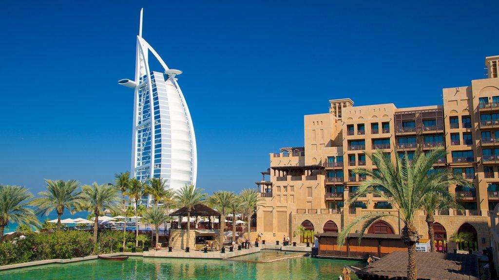 Souk Madinat Jumeirah which includes general coastal views