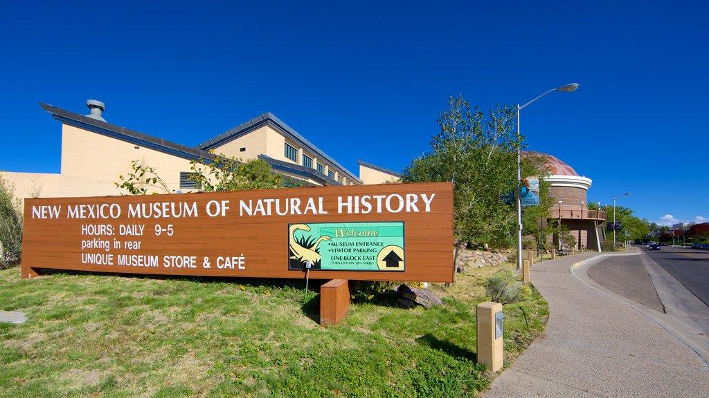 Albuquerque which includes signage