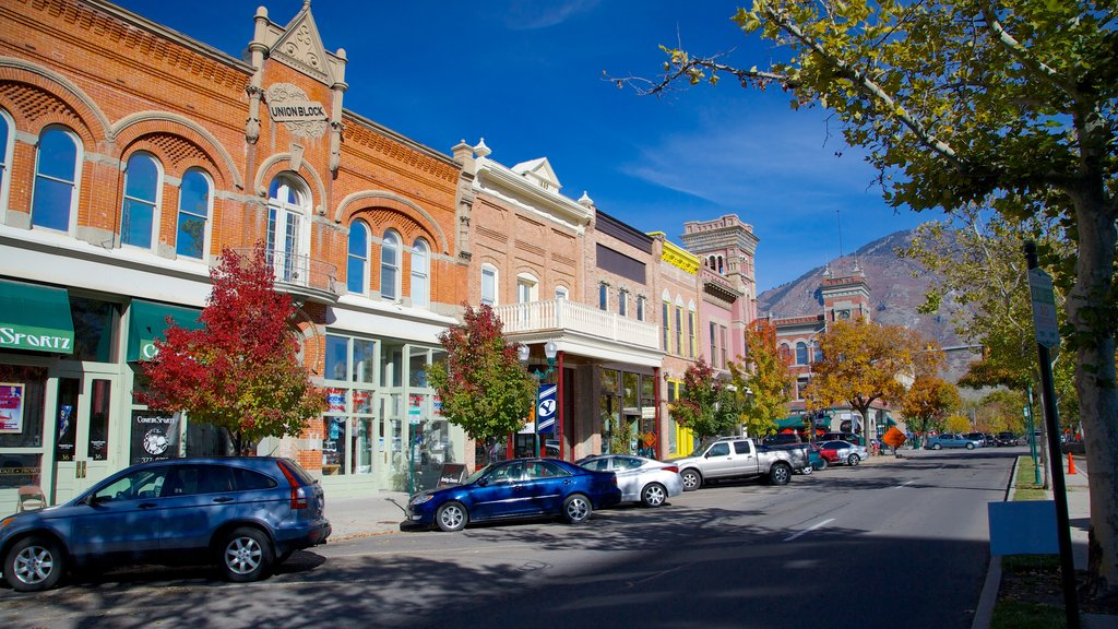 Provo showing street scenes, heritage elements and a small town or village