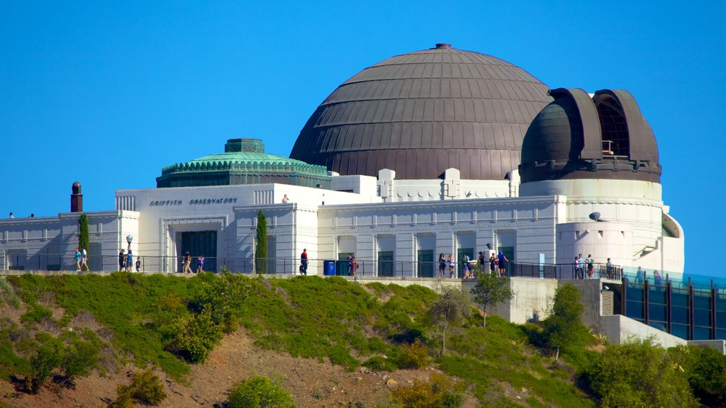 Griffith Observatory which includes an observatory