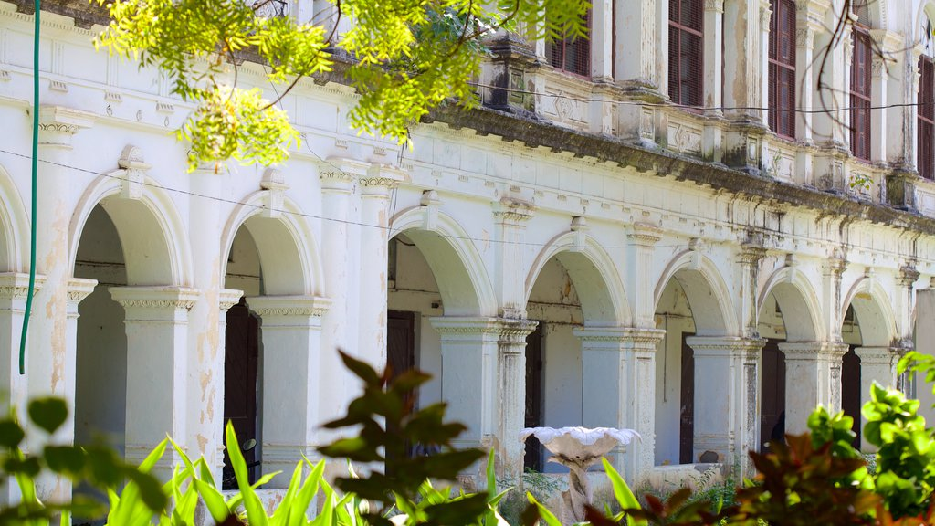 The Nizam\'s Museum which includes heritage architecture