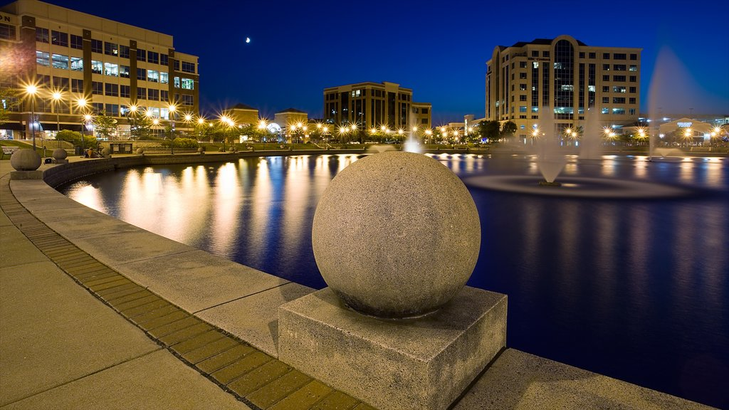 Newport News which includes a fountain, a pond and a city