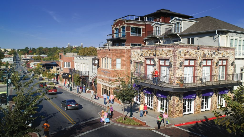 Bentonville - Fayetteville showing heritage elements, a small town or village and street scenes