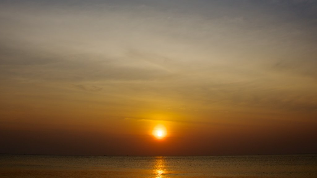 Phu Quoc Beach which includes a sunset