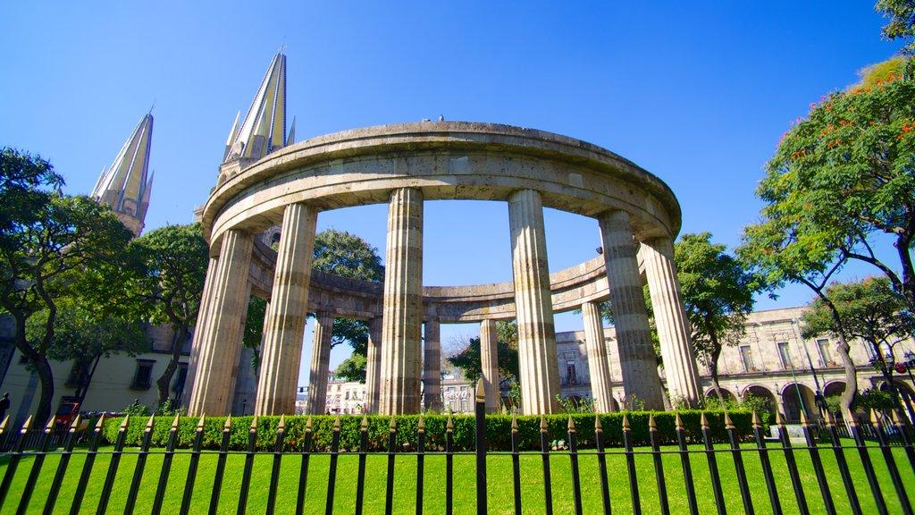 Centro showing heritage elements
