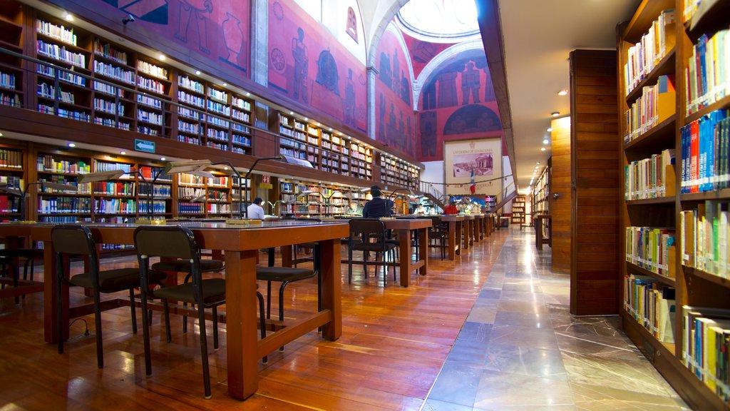 Biblioteca Octavio Paz featuring interior views