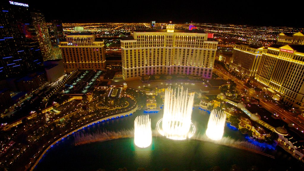 Las Vegas showing a casino, a fountain and night scenes