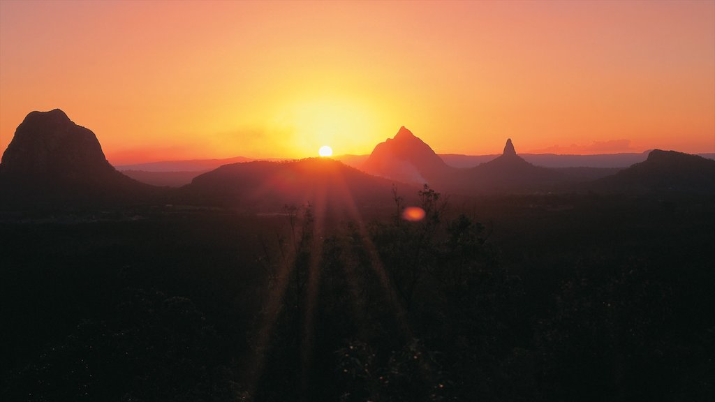Maleny which includes mountains, a sunset and landscape views