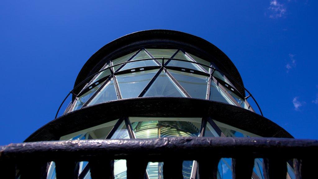 Jupiter Inlet Lighthouse showing a lighthouse