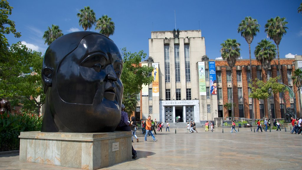 Botero Square Sculpture Park showing a square or plaza, heritage architecture and a monument