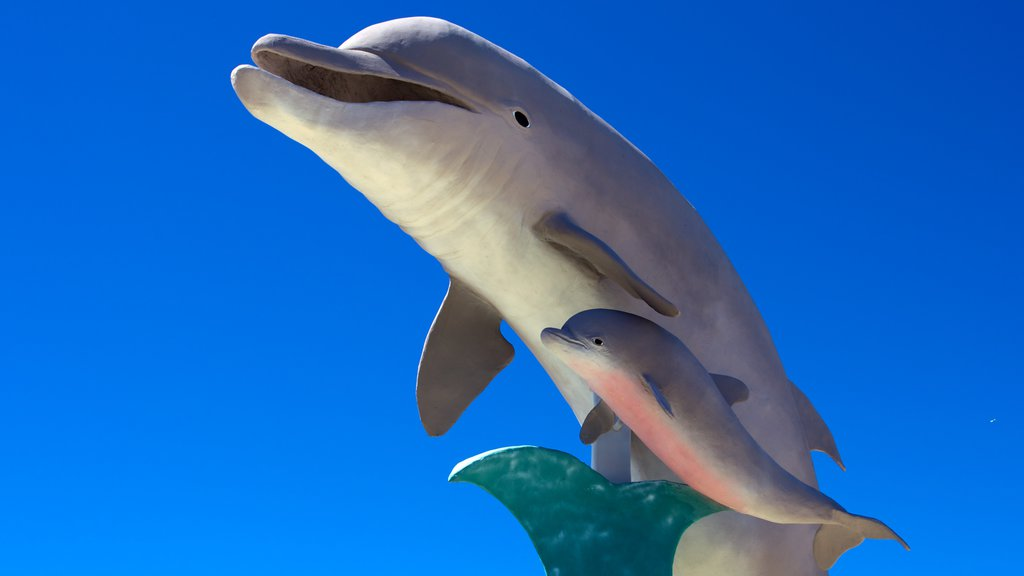 Dolphin Research Center which includes a statue or sculpture