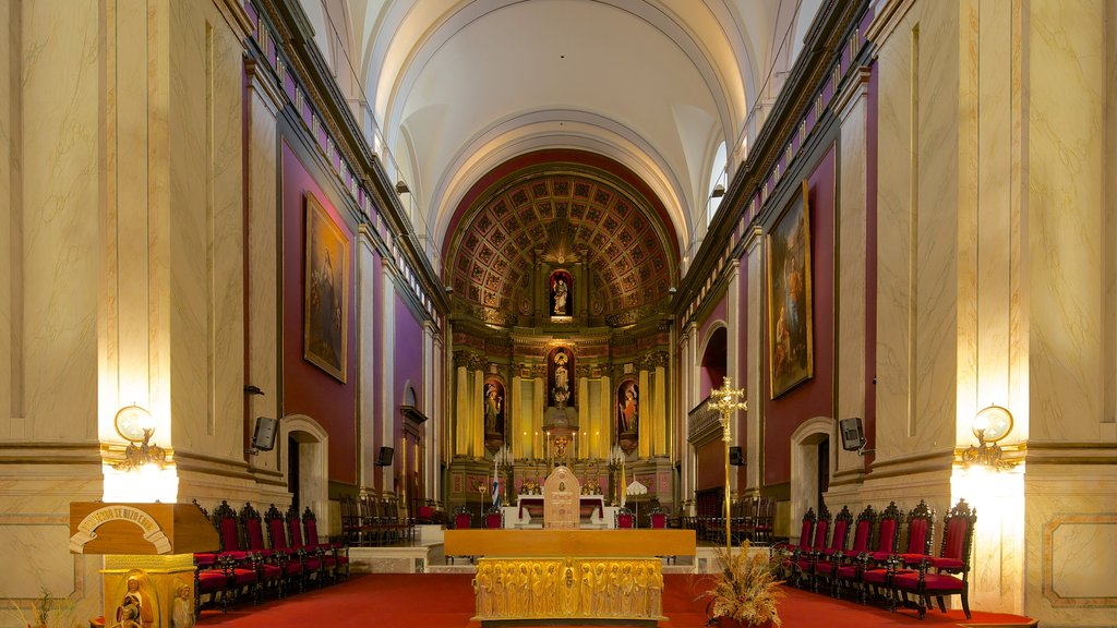 Montevideo Cathedral featuring interior views, religious aspects and a church or cathedral