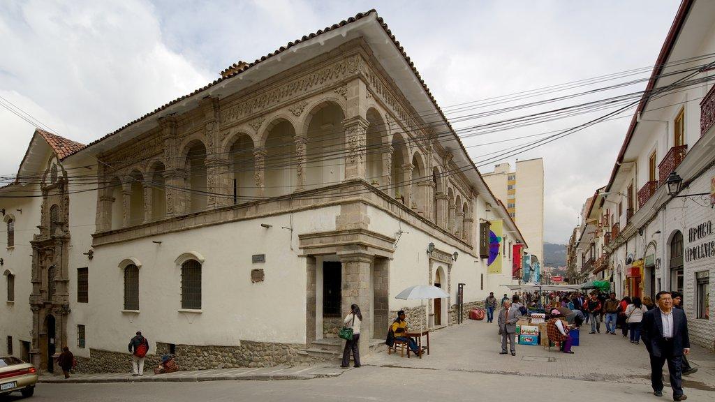 Museo Nacional de Arte ofreciendo patrimonio de arquitectura, una ciudad y escenas urbanas