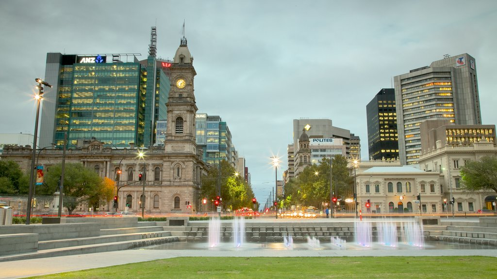 Victoria Square showing a fountain, heritage architecture and a square or plaza