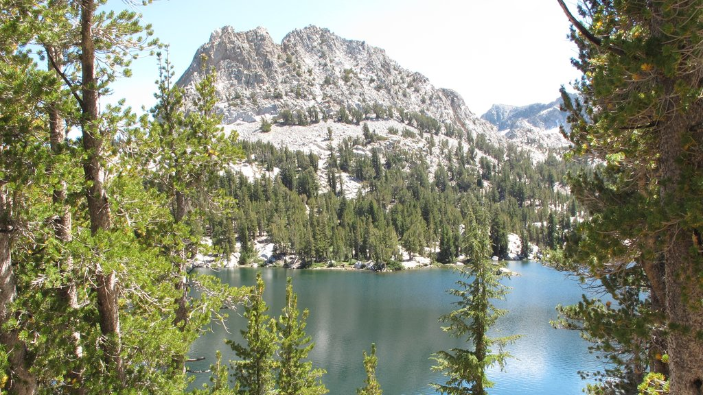 Central Interior California featuring a lake or waterhole and mountains