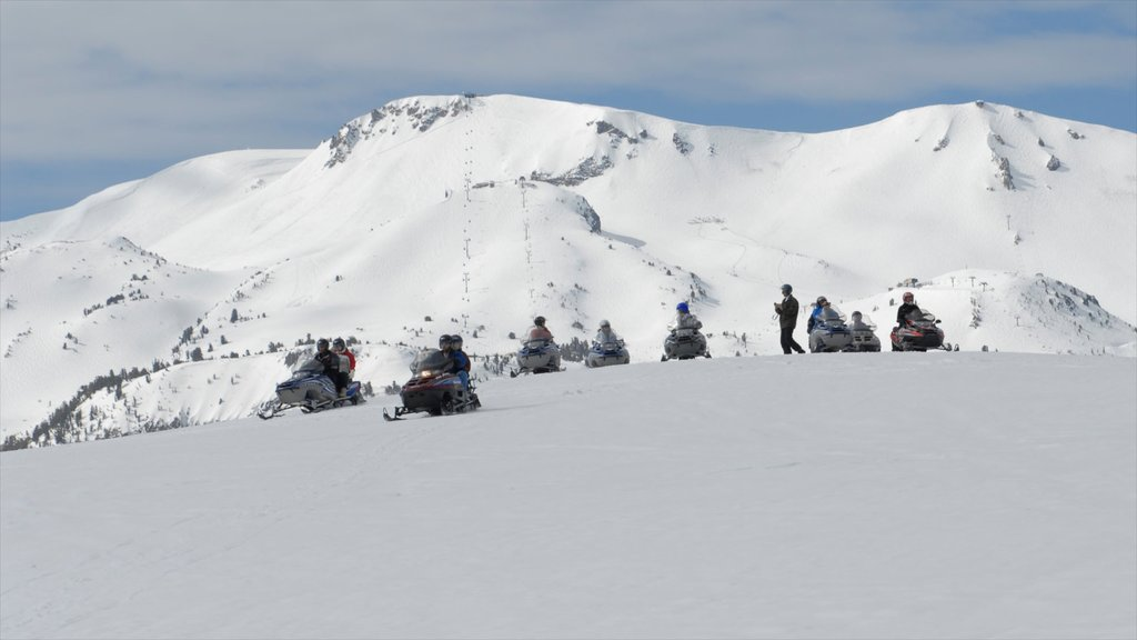 Central Interior California showing snow, snowmobiling and mountains