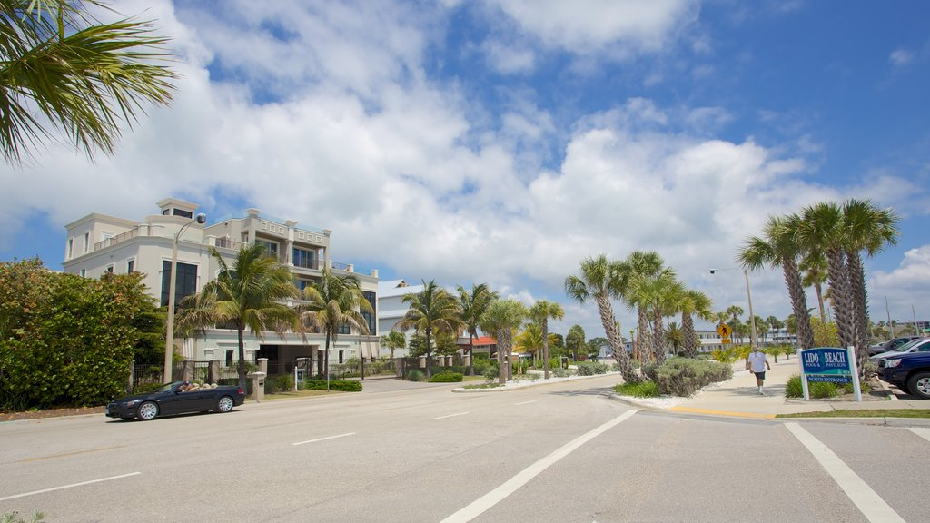 Lido Key which includes street scenes