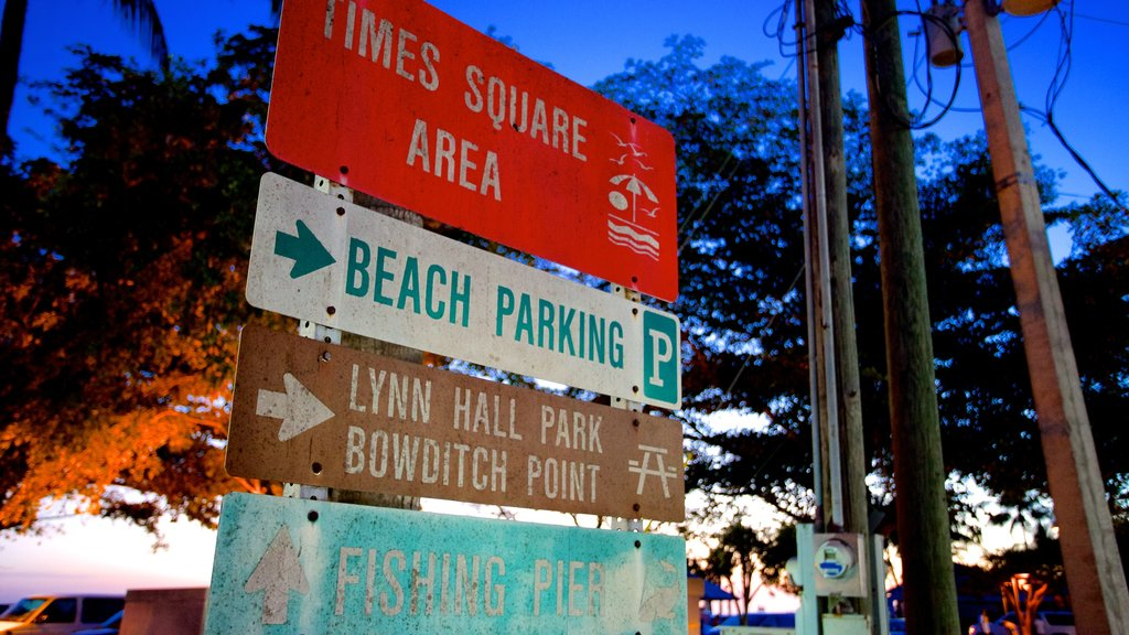 Fort Myers Beach showing signage