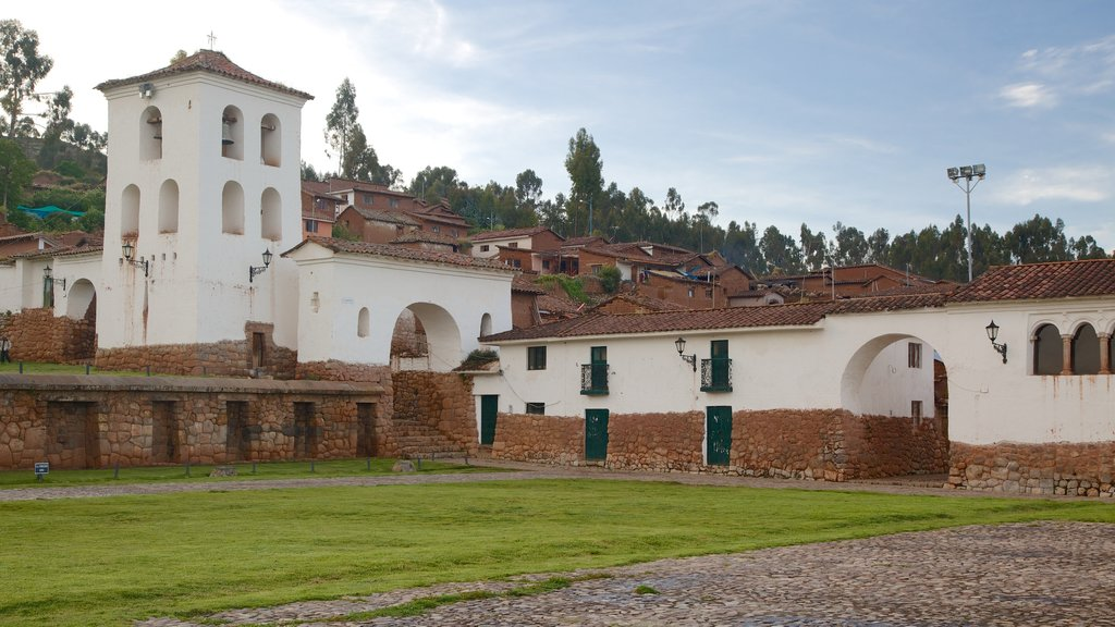 Cusco which includes a small town or village and heritage architecture