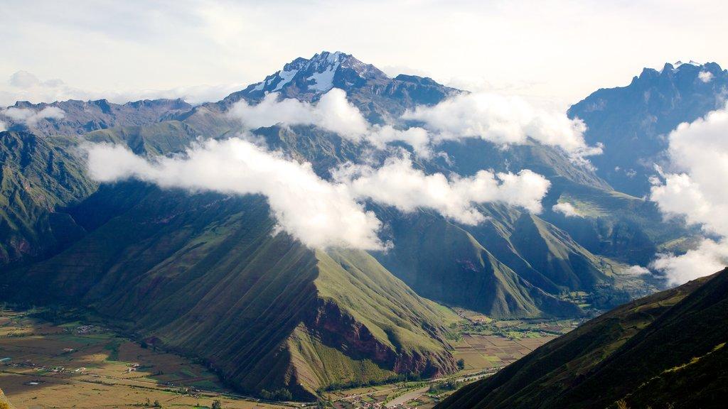 Cusco que incluye montañas