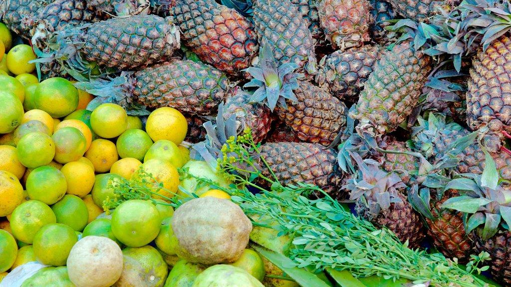 Cusco mostrando comida y mercados