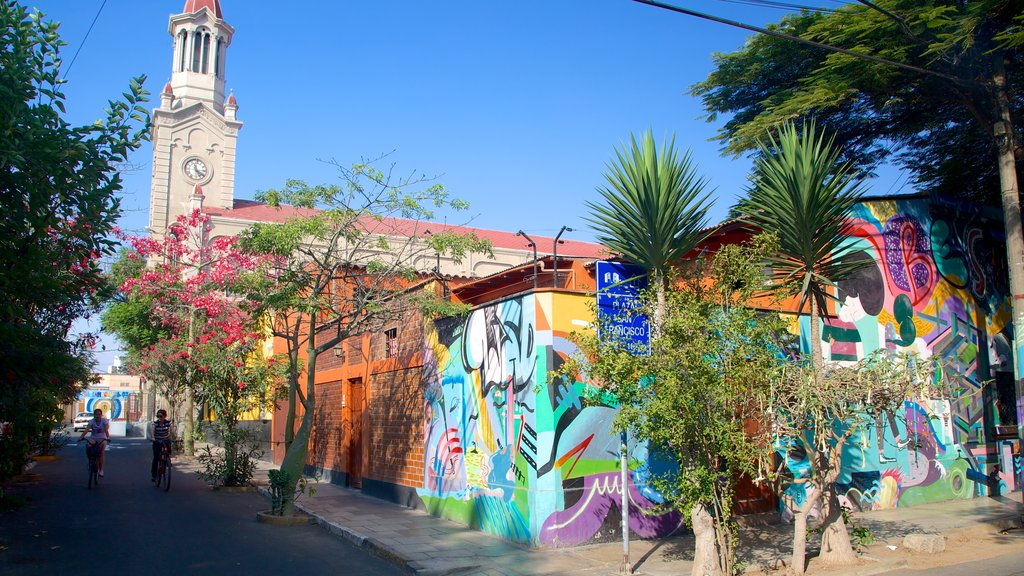 Barranco featuring street scenes