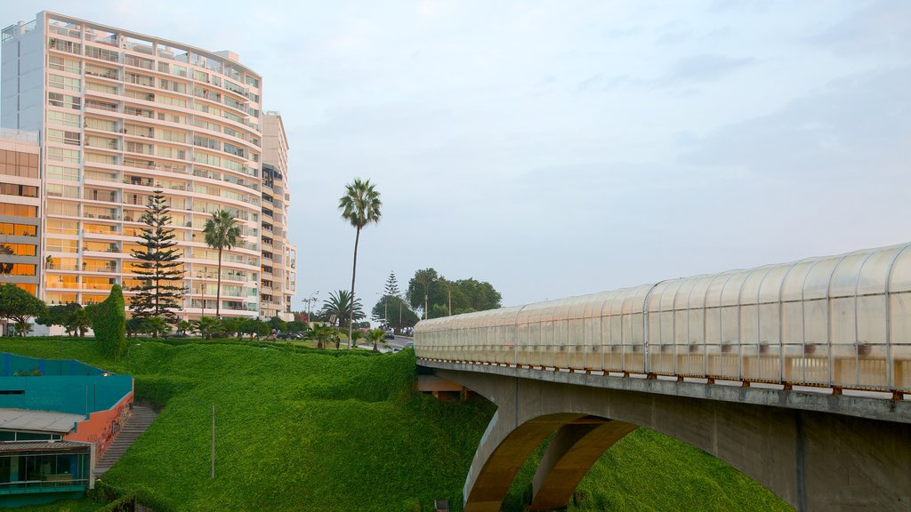 Miraflores showing a city and a bridge