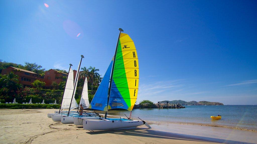Quieta Beach showing sailing, a sandy beach and general coastal views