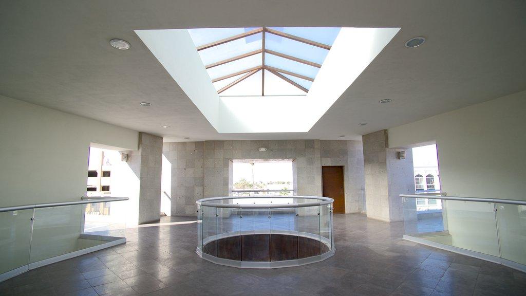Hermosillo que incluye vistas interiores y arquitectura moderna