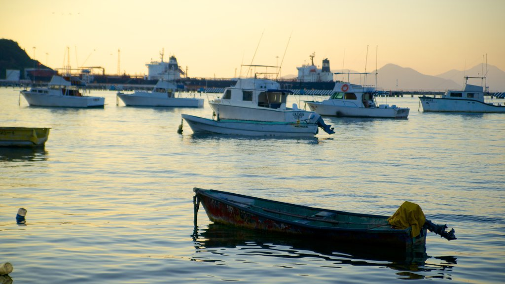 Zocalo showing a bay or harbor, boating and general coastal views