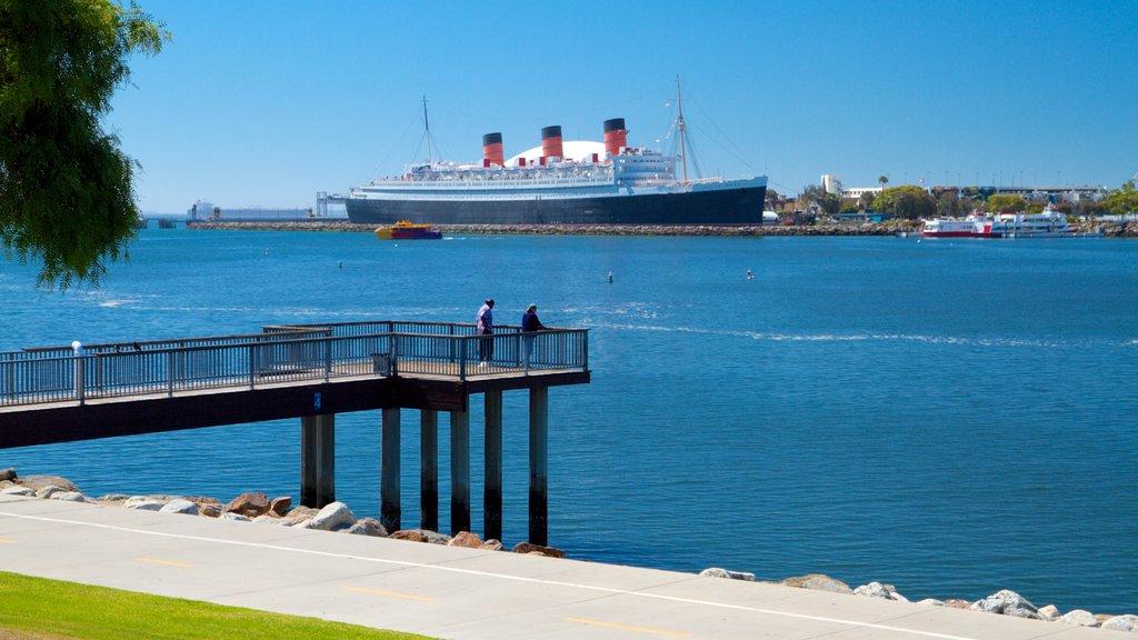 Long Beach ofreciendo vistas generales de la costa