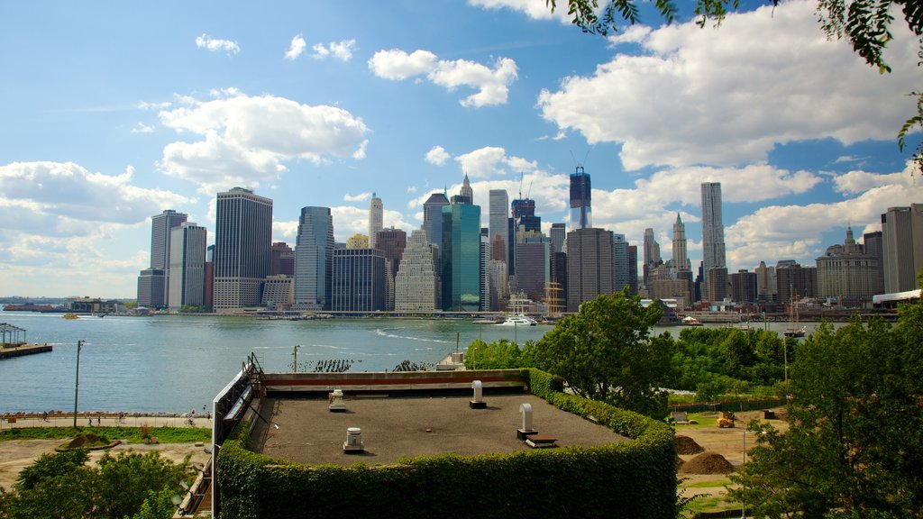 Brooklyn Heights which includes a high rise building, a city and a river or creek
