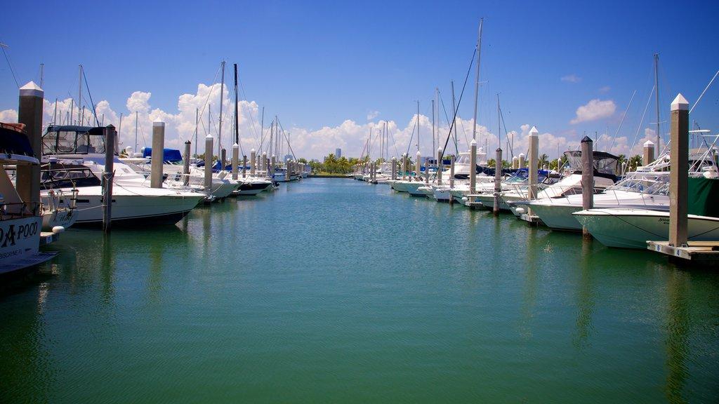 Crandon Marina which includes a marina