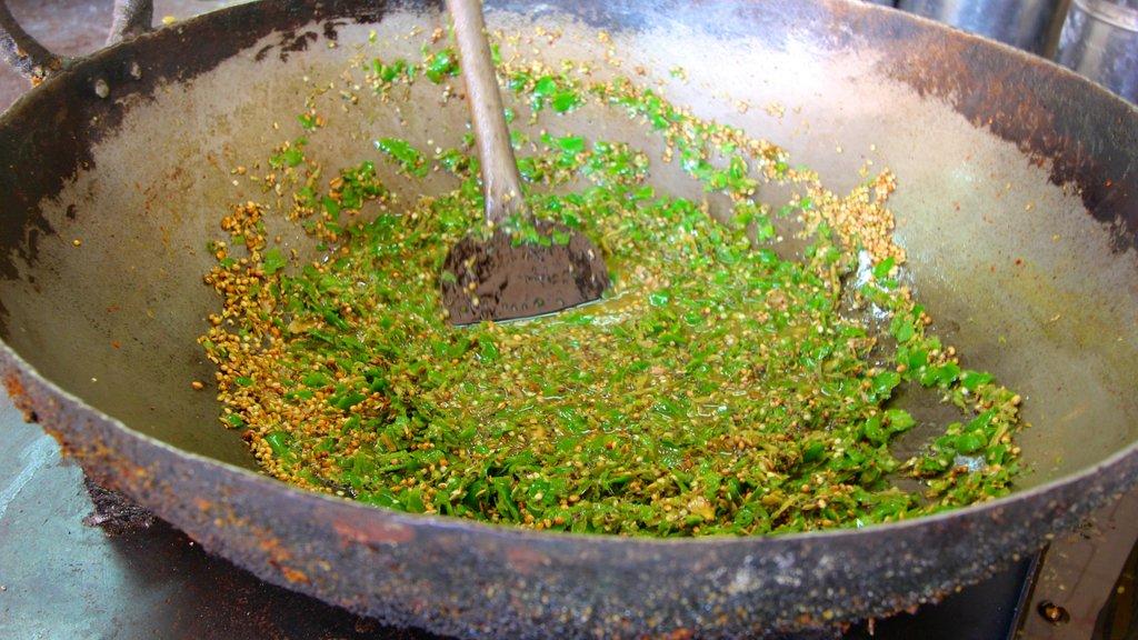 Johri Bazaar ofreciendo comida y mercados