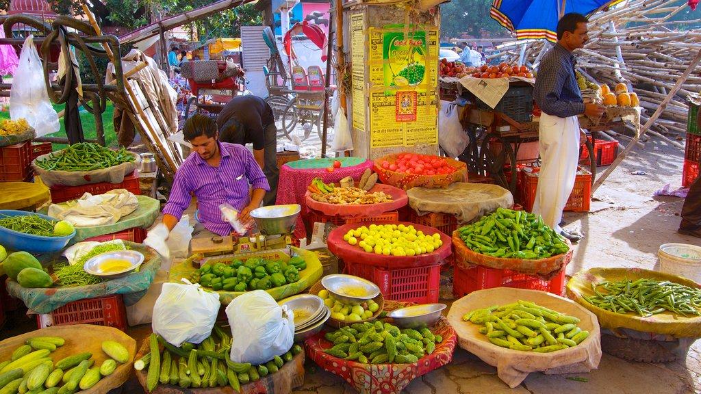 Jaipur mostrando mercados y comida