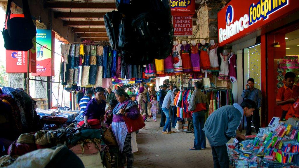 Kolkata which includes interior views, street scenes and markets