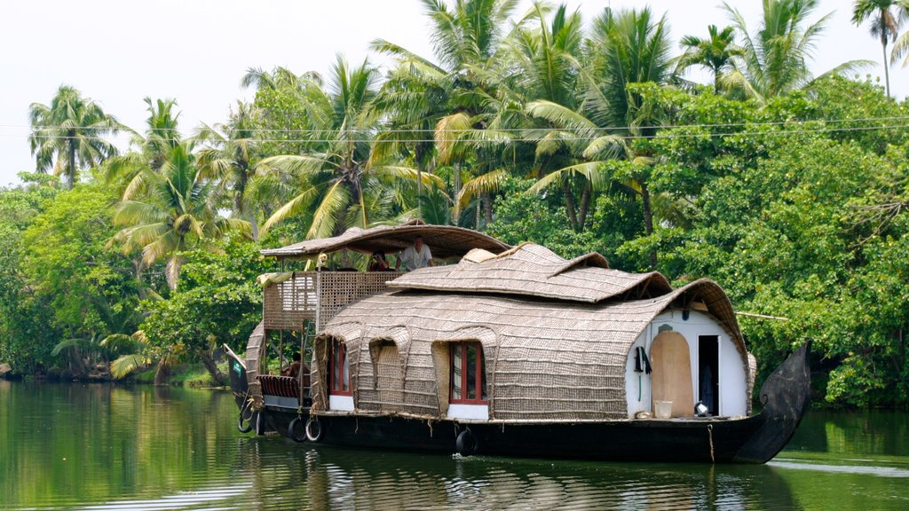 Cochin which includes tropical scenes and a river or creek