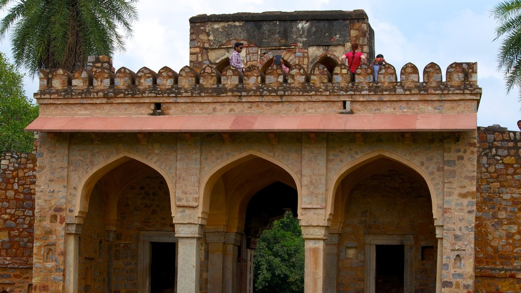 Humayun\'s Tomb which includes heritage architecture, heritage elements and a memorial