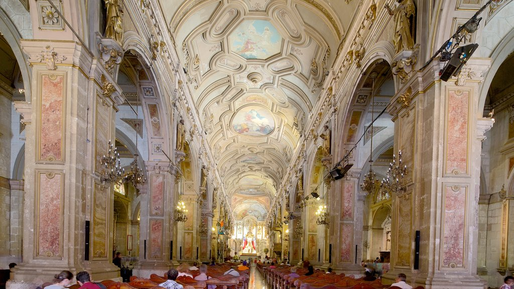 Santiago featuring interior views, a church or cathedral and religious aspects