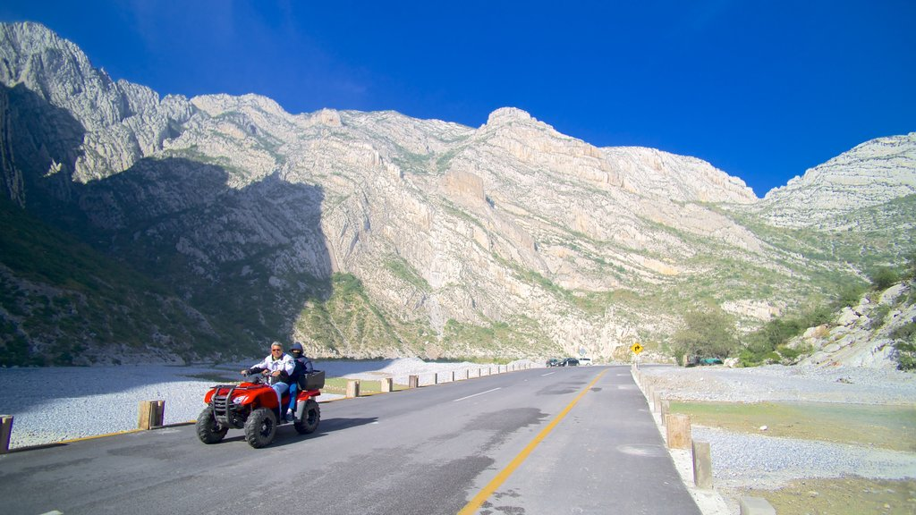 Canon de la Huasteca which includes mountains, a gorge or canyon and landscape views