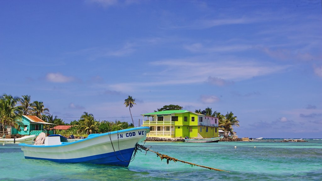 Corn Island showing boating, tropical scenes and general coastal views