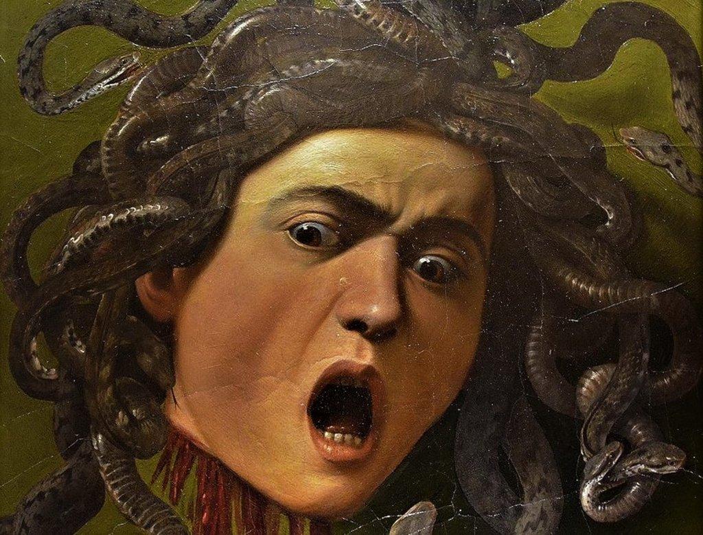 Lo Scudo con Testa di Medusa, particolare - By Carole Raddato from FRANKFURT, Germany - Medusa by Caravaggio, 1597, Galleria degli Uffizi, CC BY-SA 2.0, https://commons.wikimedia.org/w/index.php?curid=45895424