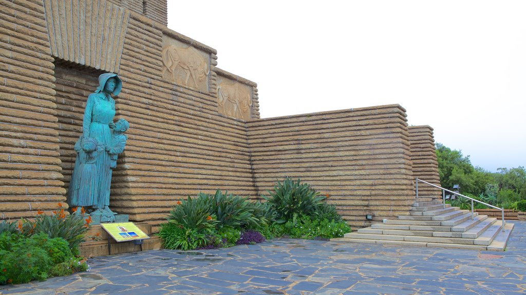 Voortrekker Monument which includes a monument and a statue or sculpture